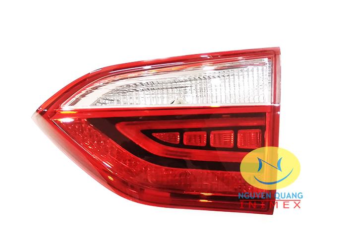 Đèn Lái Trong Hyundai I10 4 Cửa 2017