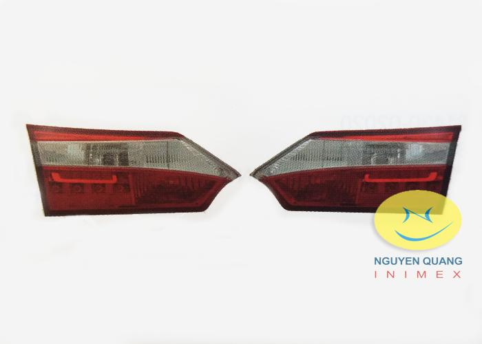 Đèn Lái Trong Toyota Corolla Altis 2016