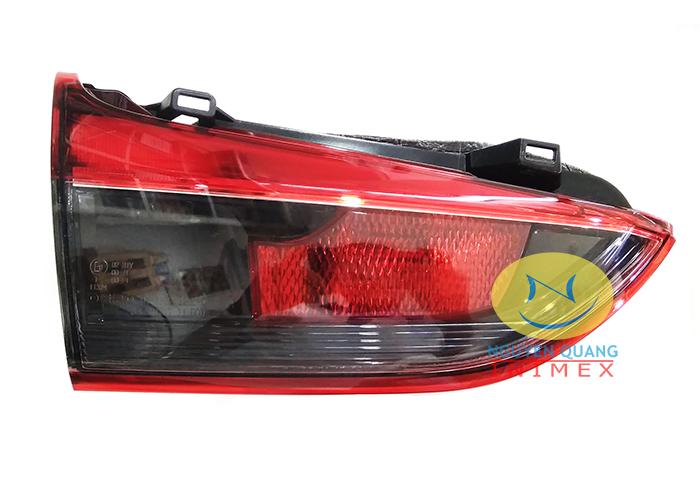 Đèn Lái Trong Mazda 6 2014