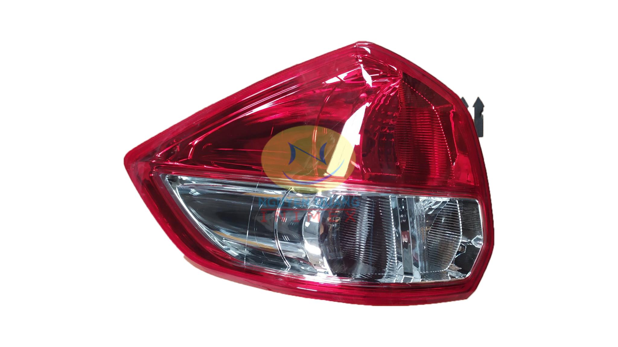 Đèn Lái Suzuki Ertiga 2016