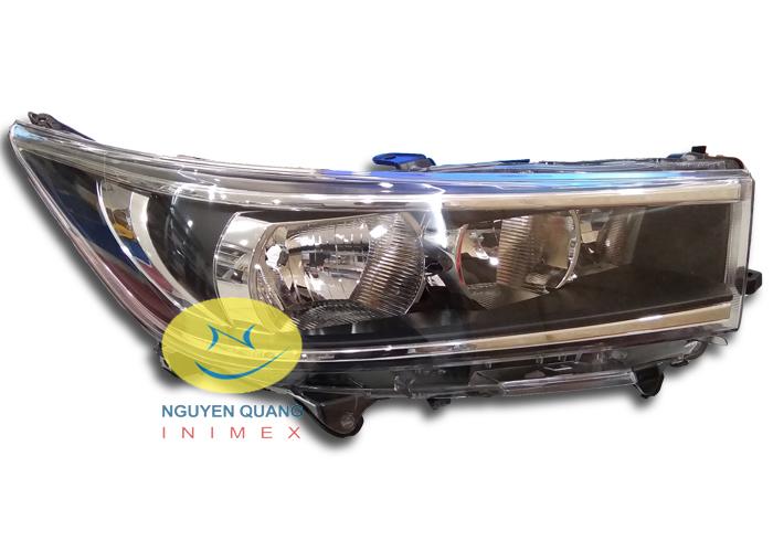 Đèn Pha Toyota Innova 2016